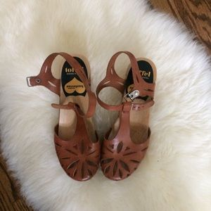 Swedish Hasbeens Lacy Brown Clogs
